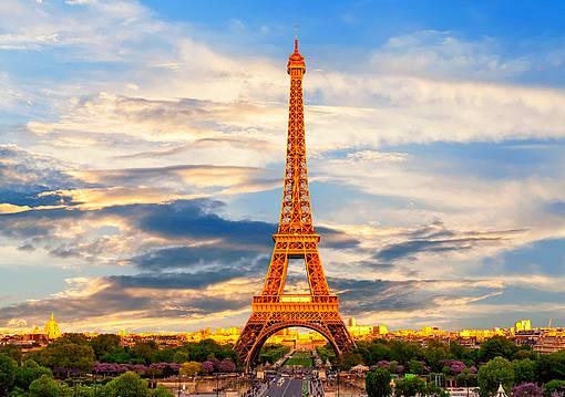 nyaralj velünk Párizs